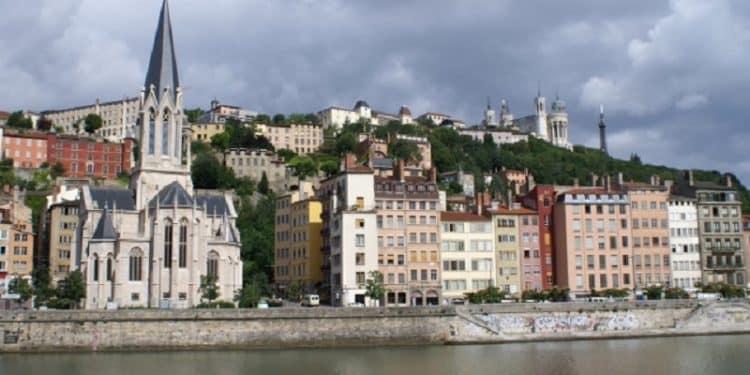 Tout savoir sur les prix immobiliers en Auvergne-Rhône-Alpes